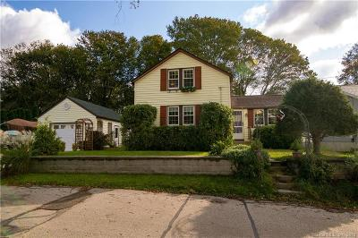 Stonington Single Family Home For Sale: 11 Thompson Street