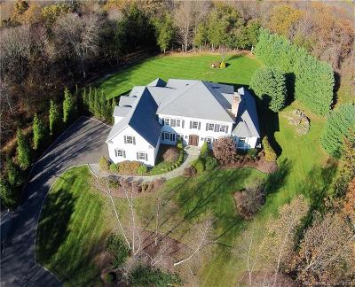 Easton Single Family Home For Sale: 30 Carriage Drive