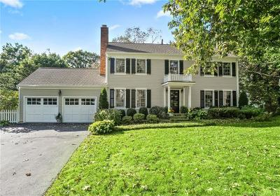 Darien Single Family Home For Sale: 47 Hillside Avenue