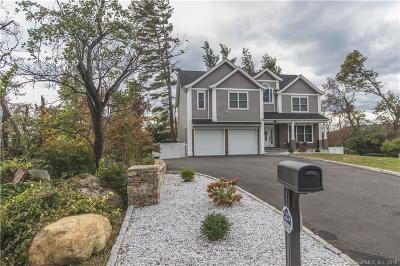 BROOKFIELD Single Family Home For Sale: 39 Candlewood Shores Road