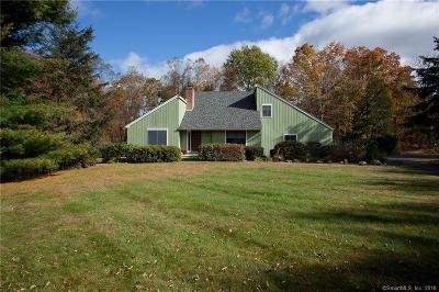 Simsbury Single Family Home For Sale: 2 Smokey Ridge Road