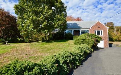 North Haven Single Family Home For Sale: 1920 Hartford Turnpike