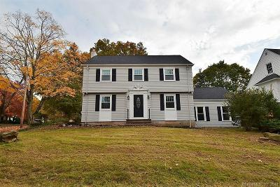 Hamden Single Family Home For Sale: 85 Middle Road