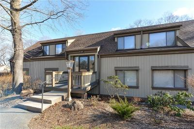 Southbury Condo/Townhouse For Sale: 69 Heritage Village #A