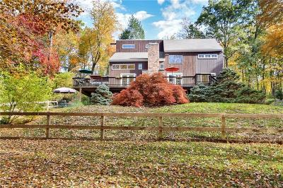 Wilton Single Family Home For Sale: 222 Deer Run Road