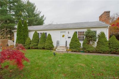 Newington Single Family Home For Sale: 15 Old Farm Drive