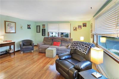 West Haven Single Family Home For Sale: 15 Aimes Drive