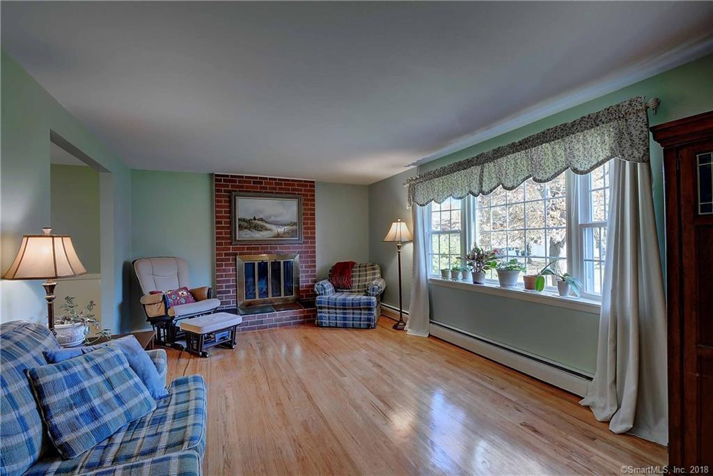35 Terrace Road Wethersfield Ct Mls 170142263 Dan Combs Real