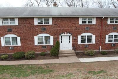 Tolland County Condo/Townhouse For Sale: 201 Regan Road #26B