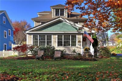 Milford CT Single Family Home For Sale: $549,500