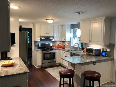 Farmington Single Family Home For Sale: 2 Pine Tree Shilling Road
