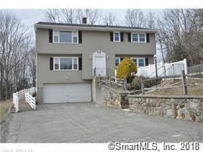 Waterbury Multi Family Home For Sale: 19 Vivian Drive