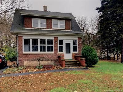 Southington Single Family Home For Sale: 1564 Meriden Waterbury Turnpike