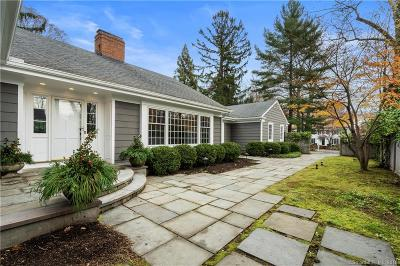 Fairfield County Single Family Home For Sale: 42 Indian Head Road