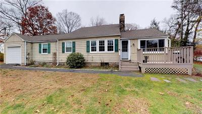 Brookfield Single Family Home For Sale: 7 Maple Tree Road