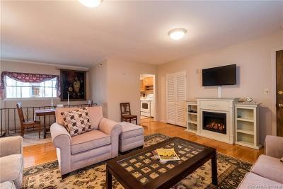Essex Condo/Townhouse For Sale: 15 Sunset Terrace #8