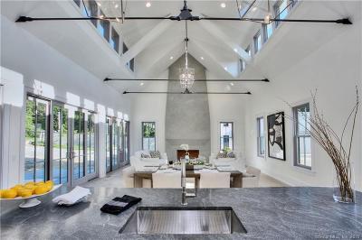 Norwalk Single Family Home For Sale: 329 Chestnut Hill Road #7