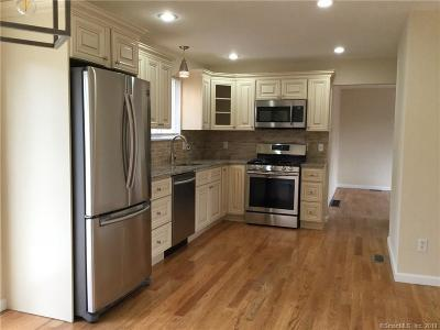 Bridgeport Single Family Home For Sale: 105 Kaechele Place