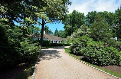 West Hartford Single Family Home For Sale: 14 Thicket Lane