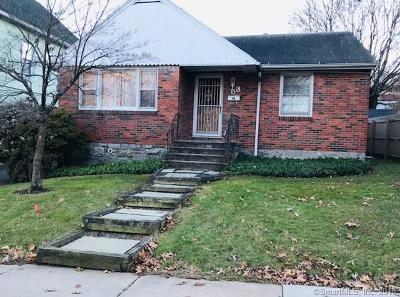 Bristol Single Family Home For Sale: 53 Lawndale Avenue