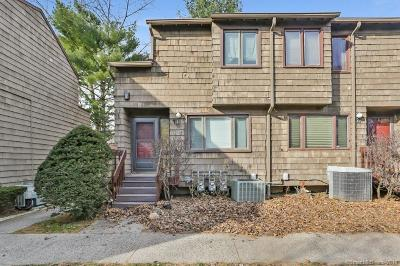 Hamden Condo/Townhouse For Sale: 41 Towne House Road #41