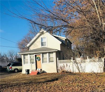 North Haven Single Family Home For Sale: 59 Montowese Avenue