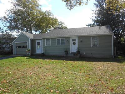 Groton CT Single Family Home For Sale: $224,900