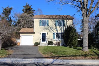 Darien Single Family Home For Sale: 50 West Avenue