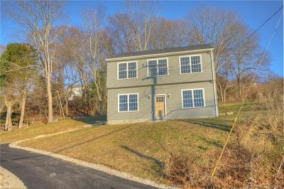 Groton Single Family Home For Sale: 611 Military Highway