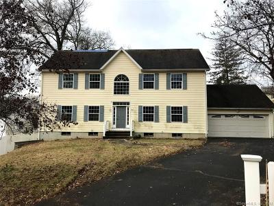 Norwalk CT Single Family Home For Sale: $440,000