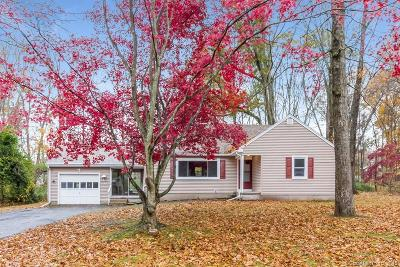 North Branford CT Single Family Home For Sale: $324,000