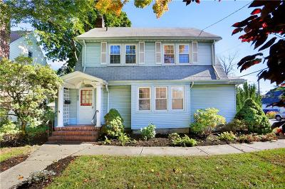 Stamford Multi Family Home For Sale: 197 Strawberry Hill Avenue