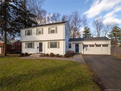 West Hartford Single Family Home For Sale: 43 Crabapple Road