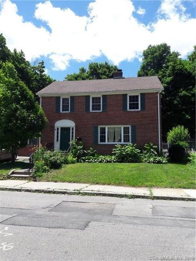 Torrington Single Family Home For Sale: 85 Holley Place