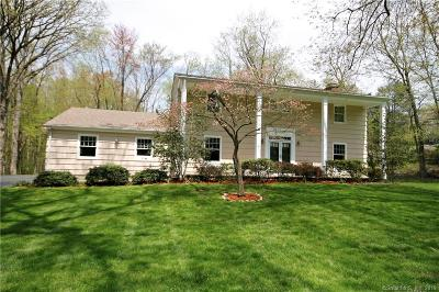 Stamford Single Family Home For Sale: 7 Carriage Drive