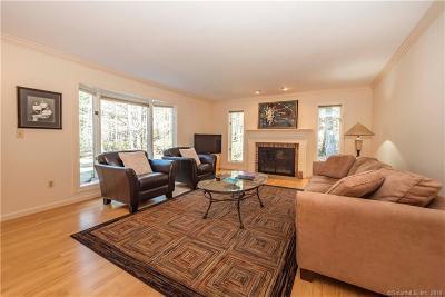 Farmington Single Family Home For Sale: 1 Newberry Court