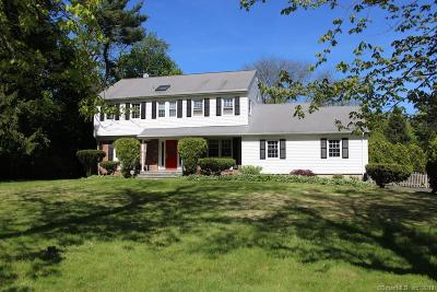 Norwalk Single Family Home For Sale: 166 Chestnut Hill Road
