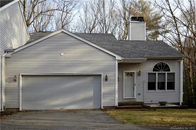 Burlington Single Family Home For Sale: 20 Brickham Way