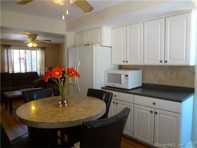 Bridgeport Single Family Home For Sale: 27 Court A #30