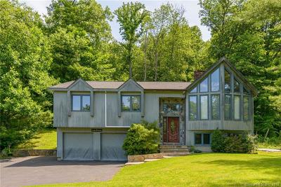 NEW MILFORD Single Family Home For Sale: 43 Mist Hill Drive