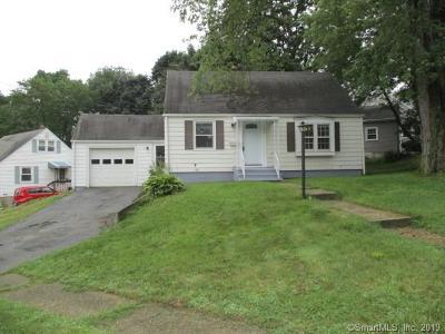 Naugatuck Single Family Home For Sale: 396 Quinn Street
