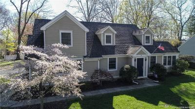Norwalk CT Single Family Home For Sale: $650,000