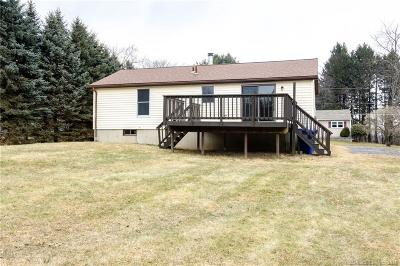 Torrington Single Family Home For Sale: 91 Greenfield Drive