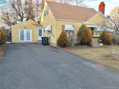 West Hartford Single Family Home For Sale: 6 Chamberlin Drive