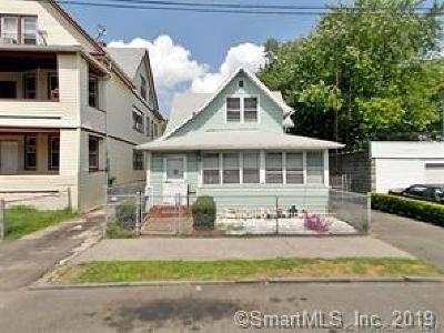 Bridgeport Single Family Home For Sale: 320 Lenox Avenue
