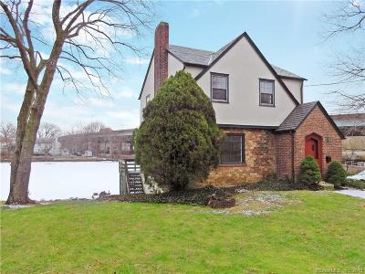 Greenwich Single Family Home For Sale: 42 Strickland Road