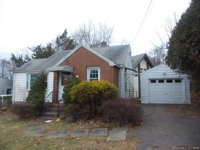 Middletown Single Family Home For Sale: 77 Barbara Road