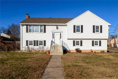 West Hartford Single Family Home For Sale: 48 Grissom Drive