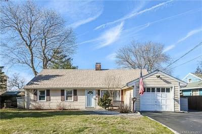 Norwalk Single Family Home For Sale: 20 Assisi Way