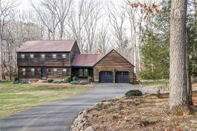 New Haven County Single Family Home For Sale: 24 Pepperwood Court